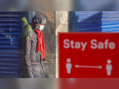 UK Covid death toll passes 60,000 for the first time