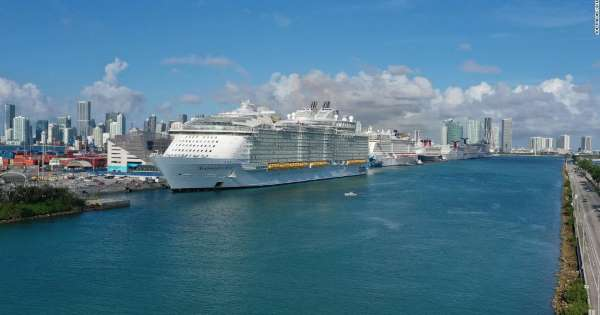 US cruise lines cancel sailings through at least end of 2020